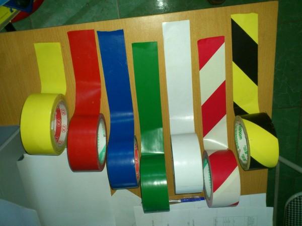 Băng dính dán nền màu sắc đa dạng